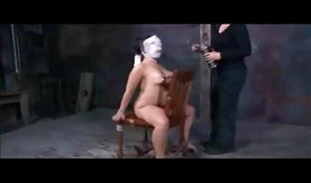 जींस के साथ लड़की उंगली का नाटक सेक्सी पिक्चर हिंदी मूवी