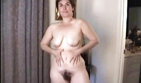 लाना दिवालियापन है फुल एचडी सेक्सी मूवी और उसे दूरी में स्पर्श करने की अनुमति देता है