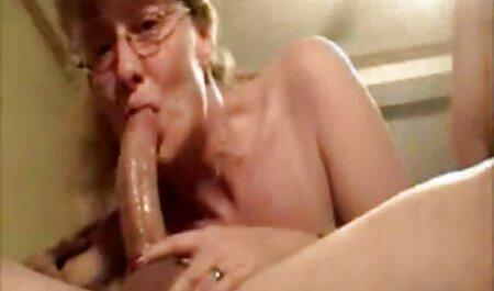 इसके फुल सेक्सी वीडियो फिल्म साथ रबर की छड़ और आलू खाने स्लिम लड़कियों