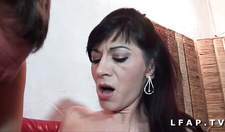 छिपे सेक्सी फिल्म हिंदी मूवी हुए कैमरे लॉकर कमरे में महिलाओं को नष्ट कर दिया