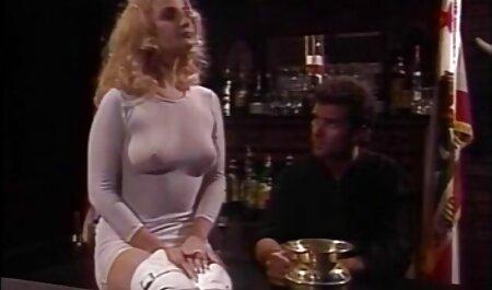 स्कीनी अन्य बातों सेक्सी वीडियो एचडी मूवी कूद और एक चमक और स्पर्श के साथ उसके प्रेमी भेजा